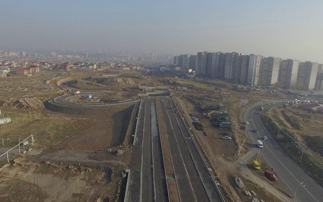 2017թ. ապրիլին մեկնարկեցին Դավթաշեն-Աշտարակի խճուղի նոր ավտոճանապարհի կառուցման շինարարական աշխատանքները: